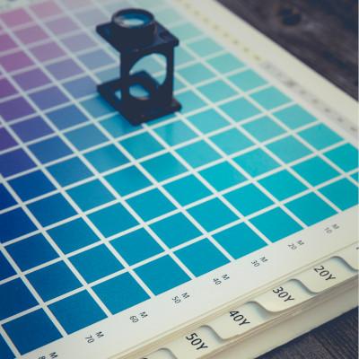 Bedienung – Druckerei – Offsetdruck auf dem Blatt