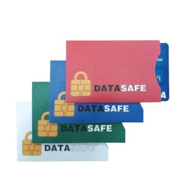 DATASAFE envelopes protecting the cards against scanning